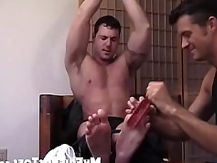 toes,foot,gay,horny,home